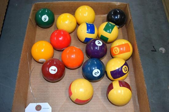 Vintage set of pool balls