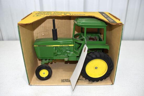 Ertl Blue Print Replica John Deere Generation II Tractor 1/16 scale with box