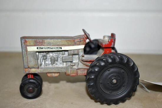 Ertl International 544 Tractor