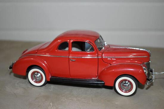 1940 Ford Deluxe Coupe Danbury Mint, No box
