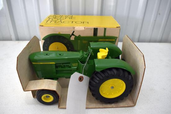 Ertl John Deere Original Ice Cream Box 5020 Tractor, Box In Good Condition Shows Wear