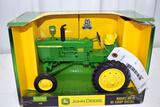 Ertl Britains John Deere 4010 Diesel Tractor High Crop, 1/16 scale with box