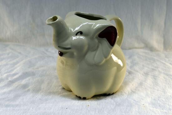 Shawnee elephant pitcher