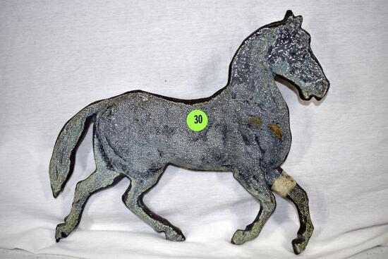 Pot metal horse, damage on leg