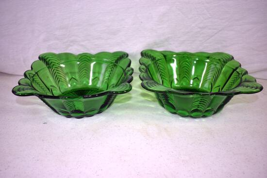 Green depression serving bowl