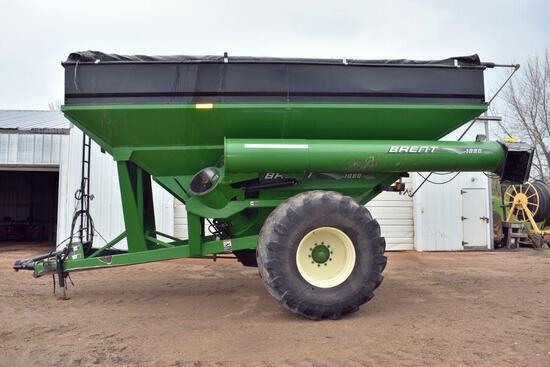 "Brent 1080 Grain Cart, 20"" Auger, Roll Tarp, Scale, Trelleborg 900/60R32, Hyd. Spout, 1000PTO"