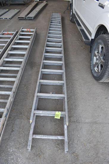 Aluminum 40' total length extension ladder