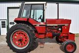 1981 International 886 2WDTractor, 6026 Hours, 16.9x38, 540/1000PTO, 2 Hydraulic,