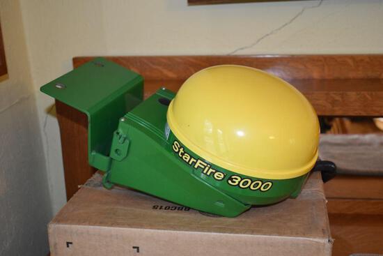 John Deere StarFire 3000 Globe, SN: PCGT3TA666736, SF1