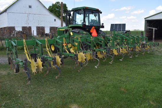 "John Deere 845 Row Crop Cultivator, 12 Row 30"", Flat Fold, Stabilizer Disc, Very Good Condition"