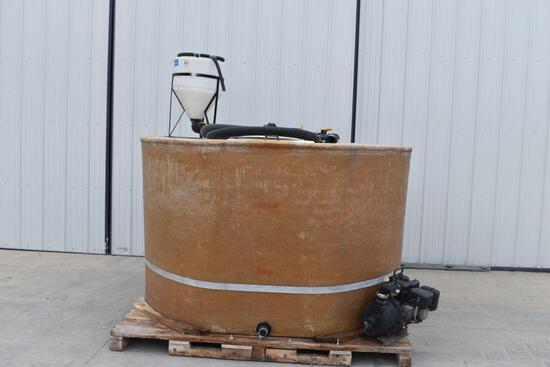 1400 Gallon Fiberglass Tank, Chemical Inductor, Hose, Transfer Pump