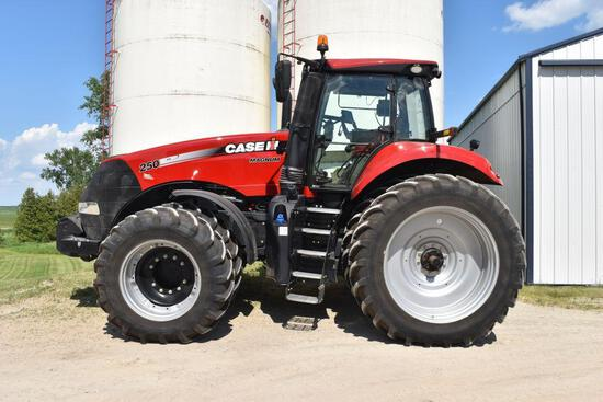 2015 Case IH 250 Magnum MFWD, 563 Actual Hours, 480/80R50 Rear Duals 90%, 420/85R34 Front Duals
