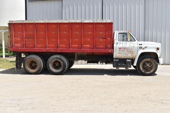 1976 Chevy C-65 Twin Screw Tandem Truck 427 gas, 5x4 Speed, 18' Omaha Steel Box & Hoist, 52,890