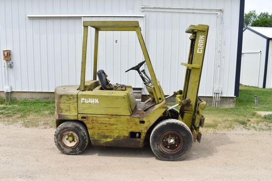 """1978 Clark C-500 Y45, 4500lbs Gas Forklift, Side Shift, Hard Tires, 48"""" Forks, Fresh Oil Change"""