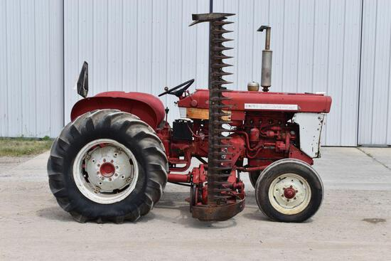 IHC 240 Utility Tractor, Gas, Open Station Fenders, 14.9 x 24 Tires W/ IHC #6 Mounted Sickle Mower