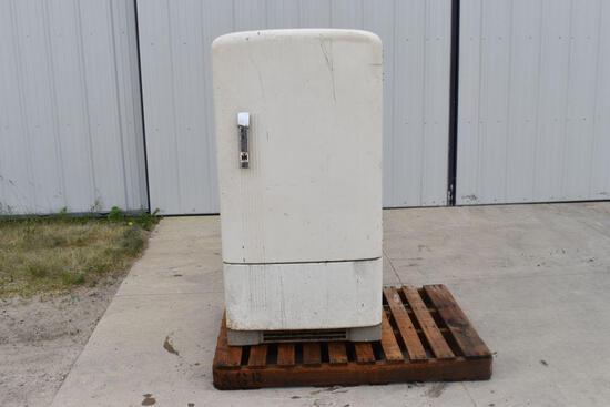 IHC Refrigerator