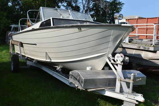 1969 Star Craft 22' Aluminum boat with Mer cruiser inboard out board motor, non running, with