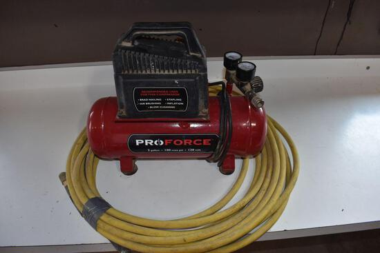 Pro Force 2 Gallon Air Compressor, with hose
