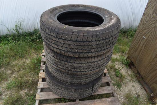 (4) Goodyear Wrangler P265-65R18 Tires