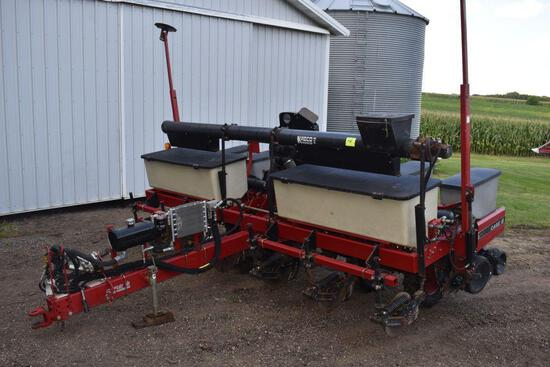 "Case IH 1200 Planter, 6 Row 30"", Vacuum, Dry Fertilizer, Corn & Bean Plates, No-Till Coulters,"