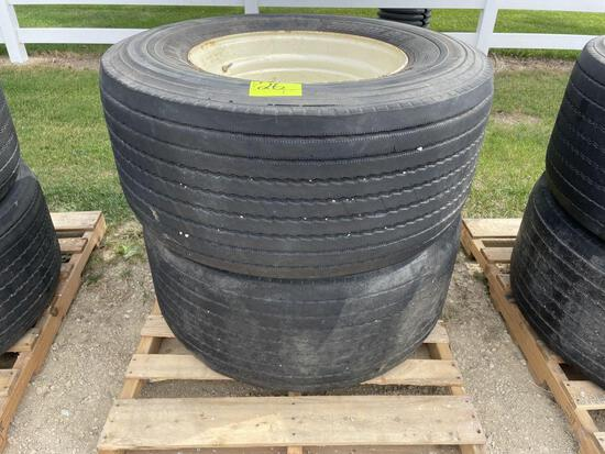 (2) 455-55R22.5 Tires On 10 Bolt Rims, Selling 2 x $