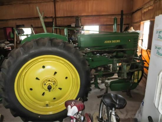 '51 B row crop, gasoline, S# 278069, restored