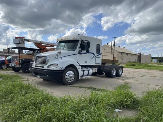 05 Freightliner