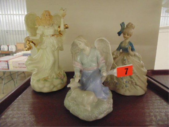 GROUP OF TWO ANGEL MUSIC BOXES AND ONE PORCELAIN