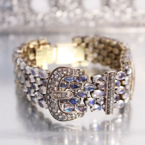 14k Gold & Moonstone Bracelet, Over 100 Moonstones, Built On A 14ky Foundat
