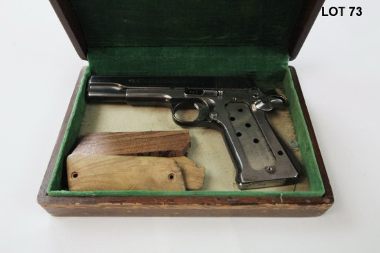 STAR S/N: 394057 9MM SEMI-AUTO PISTOL (EXTRA WOOD PISTOL GRIPS IN BOX. NO P