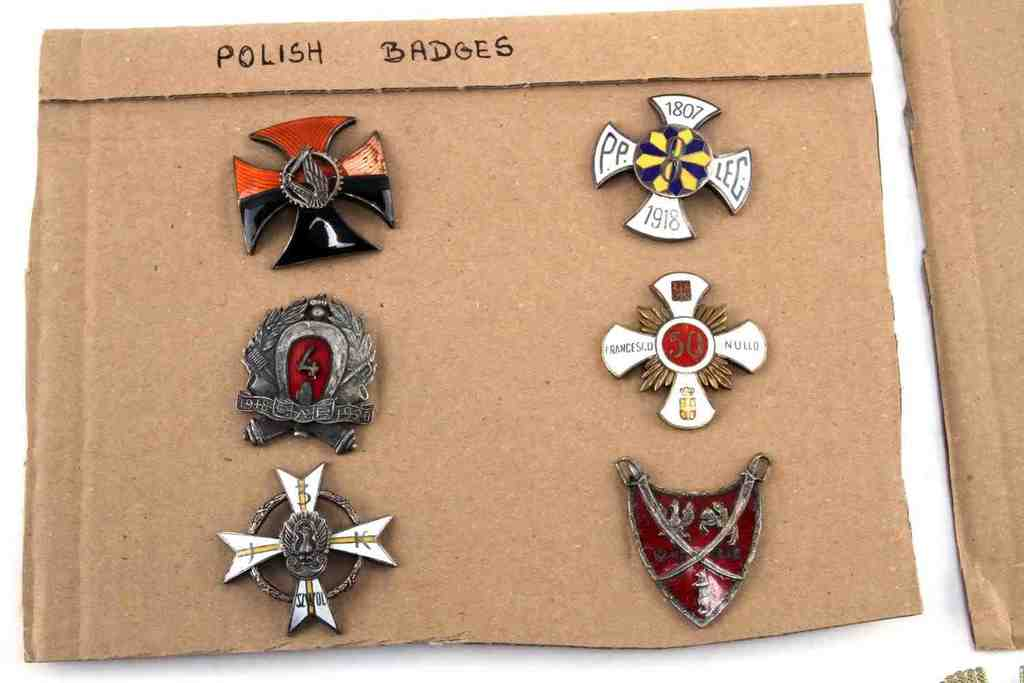 Lot: LOT OF 13 POLISH WWII BADGES & MEDALS NAVY AF ARMY | Proxibid