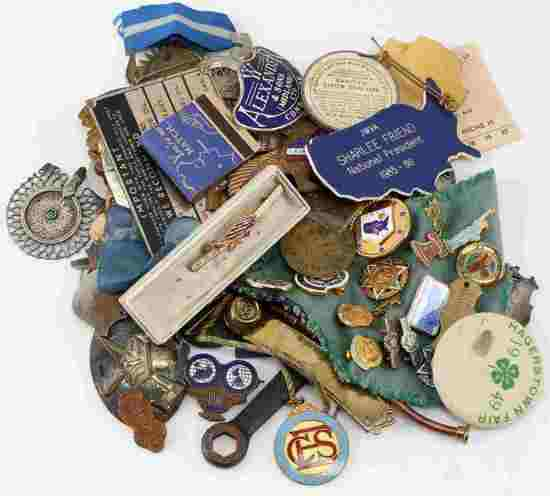 LOT OF 75 DOMESTIC POST WWII ERA PINS MEDALS ETC
