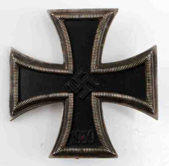 WWII GERMAN EARLY FIRST CLASS IRON CROSS