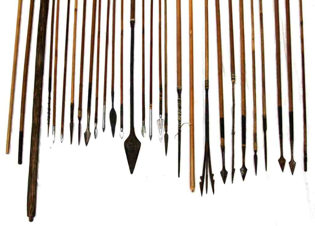 LOT INTERNATIONAL ARROWS & SPEARS METAL WOOD TIPS