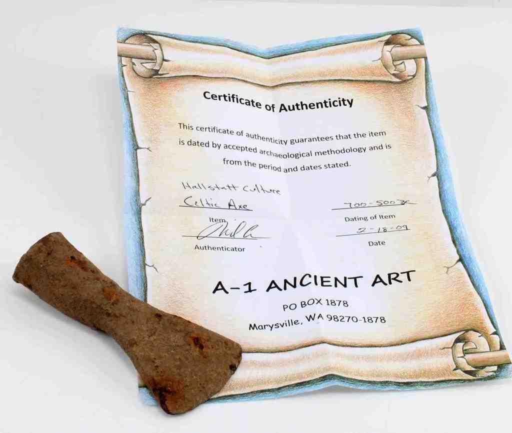 SMALL HALLSTATT CULTURE CELTIC AXE 700 TO 500 BC