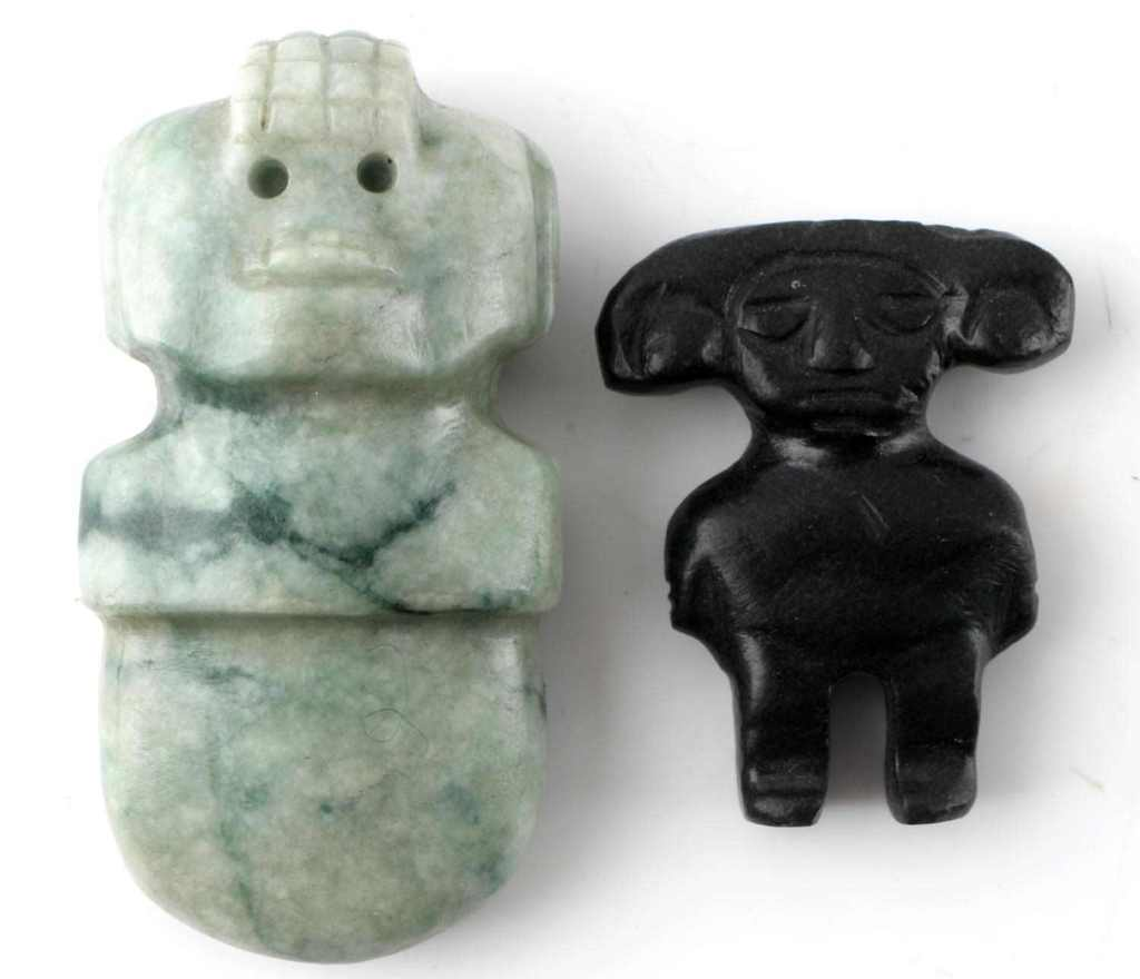 TWO SMALL BLACK & GREEN JADE FIGURINES GUATEMALA