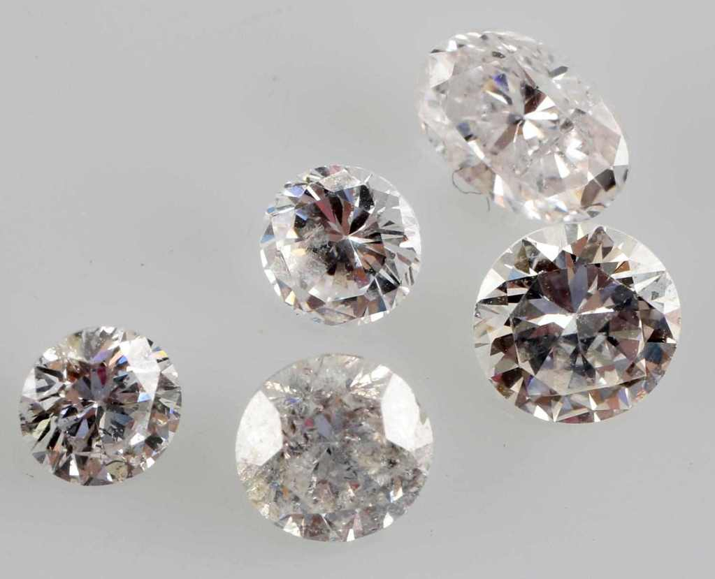 MIXED LOOSE DIAMOND LOT 1.92 TCW OVAL & ROUND CUT