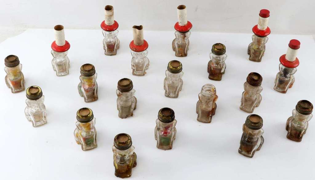 20 1950'S J.C. CROSETTI DOG CANDY CONTAINER LOT