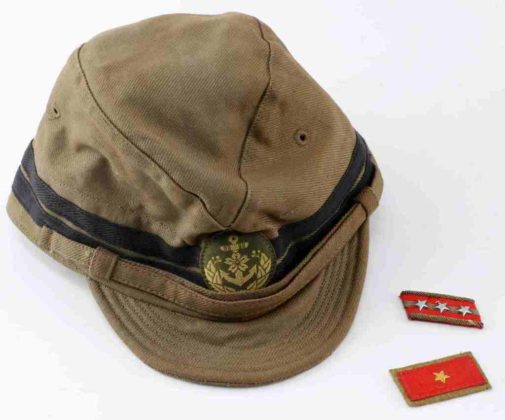 WWII JAPANESE MARINE OFFICERS CAP WITH COLLAR TABS