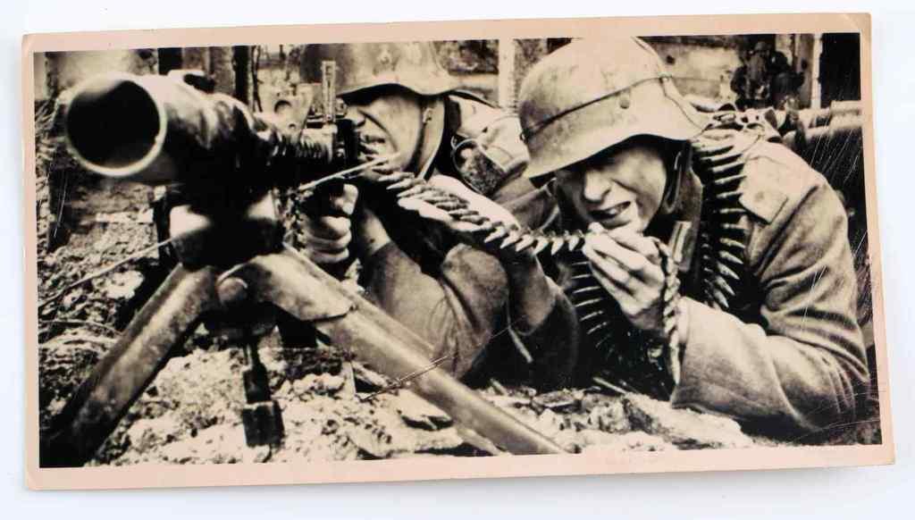WWII GERMAN THIRD REICH WAR PHOTOGRAPHY 1943