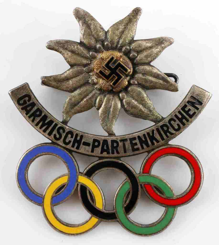 WWII WINTER OLYMPICS BADGE GARMISCH PARTENKIRCHEN