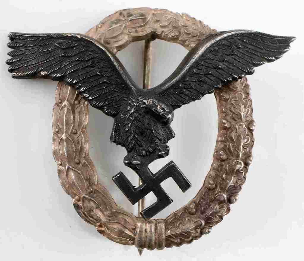 WWII GERMAN THIRD REICH LUFTWAFFE PILOTS BADGE