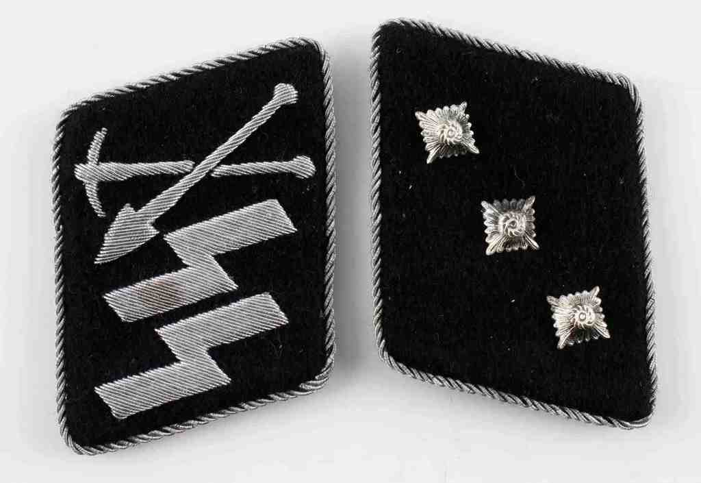 WWII GERMAN SS PIONEER UNIT OFFICER COLLAR TABS