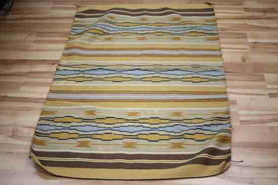 NAVAJO ANTIQUE WIDE RUINS WEAVE MULTICOLORED RUG