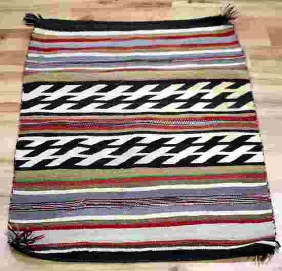 NATIVE AMERICAN NAVAJO WIDE RUIN BLANKET WEAVE RUG