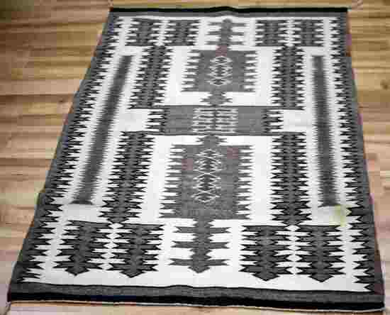 NAVAJO INDIAN TOADLENA GREY HILLS WEAVE RUG