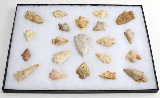 NATIVE AMERICAN GROUND FIND ARROWHEAD LOT OF 21