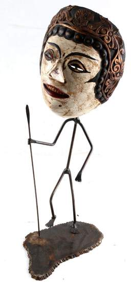 WOODEN BALINESE TRIBAL MASK & METAL BODY STAND