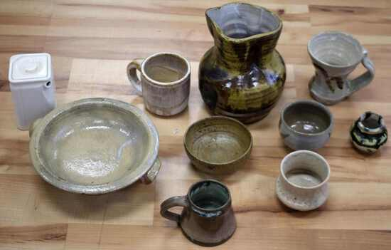 ARTISAN GLAZED CLAY POTTERY CUP AND VESSEL LOT