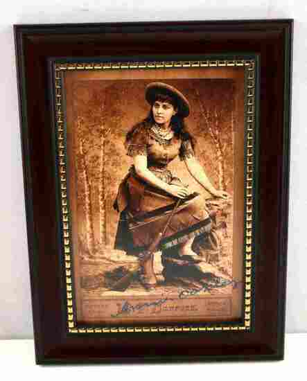 OLD WEST ANNIE OAKLEY PHOTO POST CARD